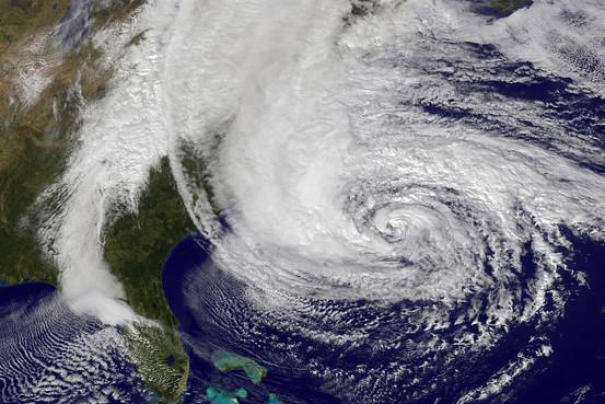 12 message108 01 台風・ハリケーン・サイクロンの区別。意外にシンプルな違い。