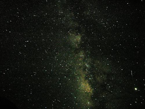 1436541132 c84708f2d45 しし座流星群、2014年は11月18日が見ごろ!おうし座流星群とのダブル流星群観測の可能性も!