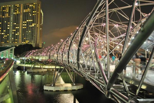 59 big 世界で最も奇妙で美しい橋、ヘリックス・ブリッジ!