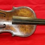 タイタニックと運命を共にしたバイオリンが1億4千万円で落札される!