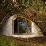 スウェーデンにホビットの里が誕生へ!正体は最新のエコロジーハウス!