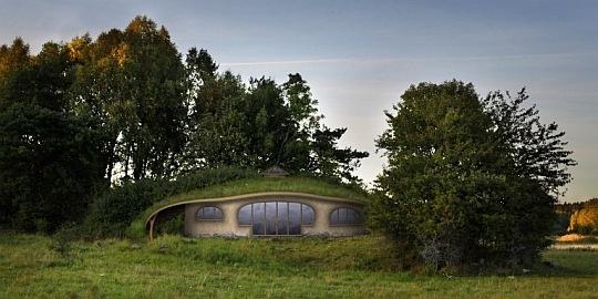 sweden the hobbit afp 111013 540 270 100 スウェーデンにホビットの里が誕生へ!正体は最新のエコロジーハウス!