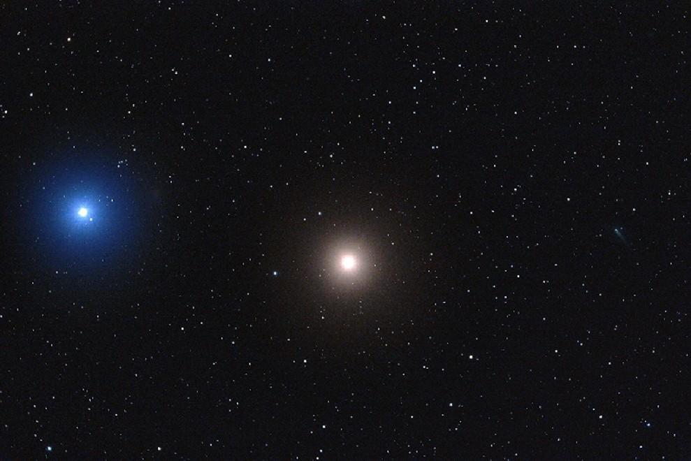 420487 2013 comet ison e1385621999291 アイソン彗星の生存が確認される!しかし近日点通過時に消滅する可能性は捨てきれず。