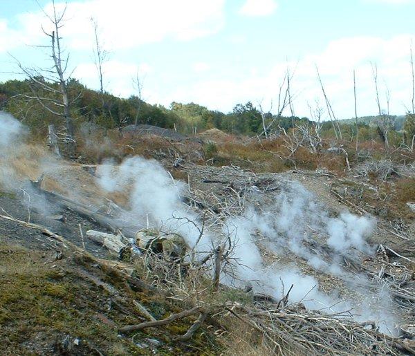 Dscf0033b セントラリア。サイレントヒルのモデルとなった、地下火災が50年続く町。