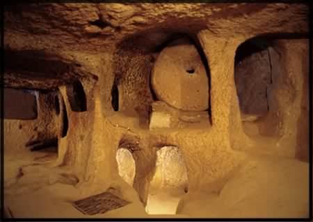 kaymakli underground cappadocia tours カッパドキア。トルコに眠る地下遺跡の正体は。