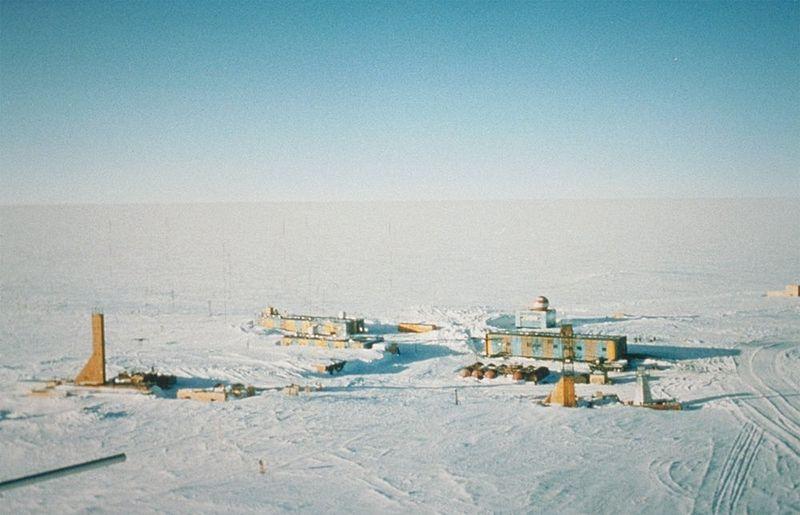 800px Wostok Station core32 南極で観測史上最低の気温が観測される!なんとマイナス93度!