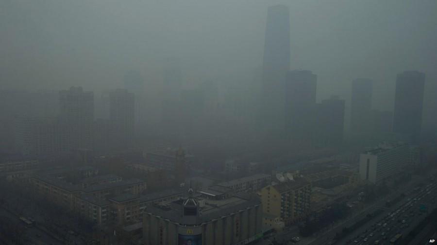Beijing Pollution 900x506 北京市が大気汚染対策として人口抑制を実施する可能性。