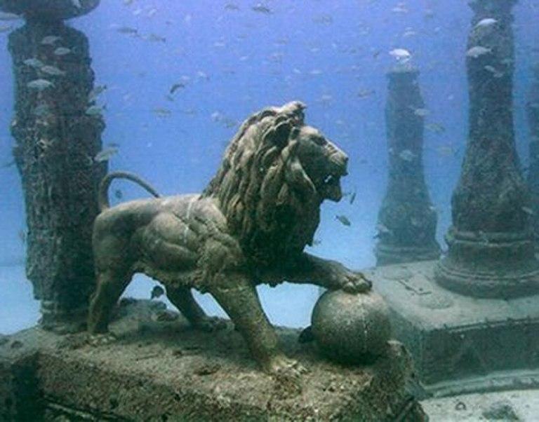 FZjVQ インドに世界最古の文明か?海底遺跡に残る文明の跡。