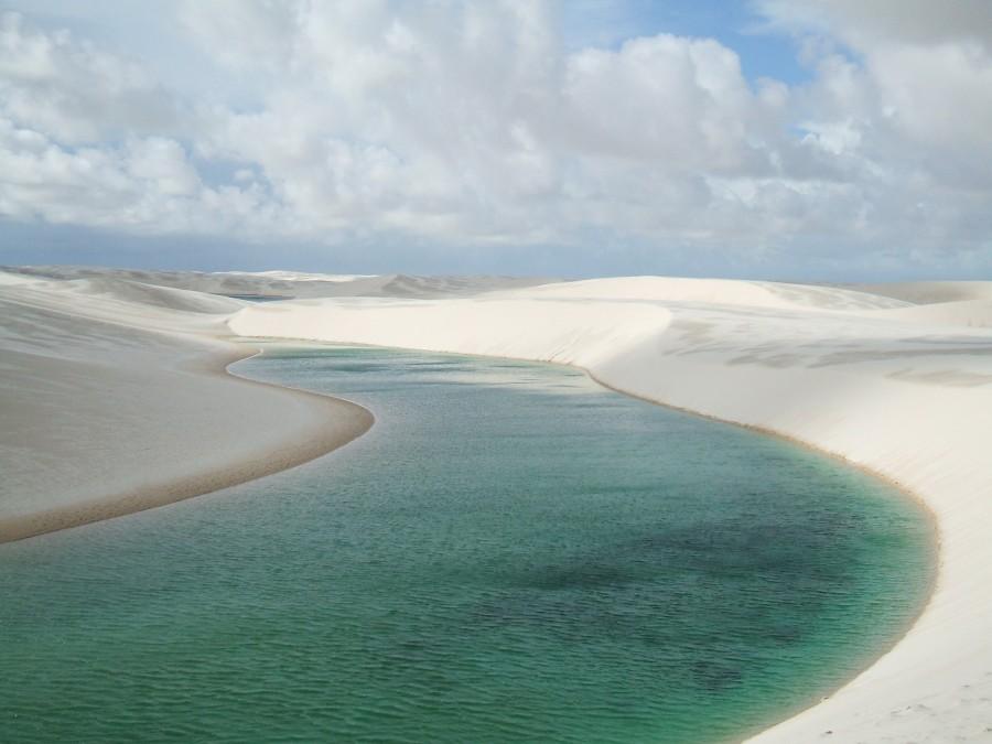 Lencois Maranhenses 3 900x675 レンソイス水晶砂漠!長い歴史を感じる白い砂漠!
