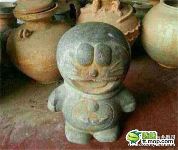 dora1 中国各地に蔓延する偽物(コピー商品)事情。なんと清の時代のドラえもんの石像まで!