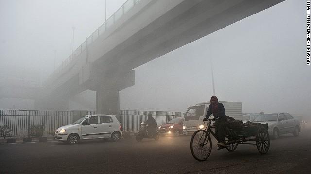 130712171949 pollution india story top インドで大気汚染が深刻に、一部地域では中国を上回る数値が計測される。