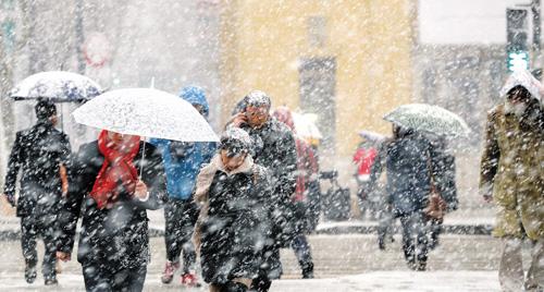2014012101103 0 高濃度酸性雪がソウルに降る!オレンジやワインに匹敵する酸性度!