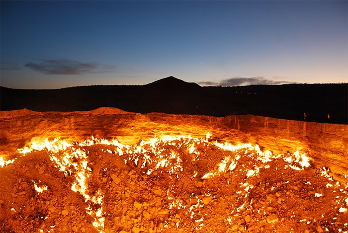 Crater 40年間燃え続ける洞窟、別名地獄の門!