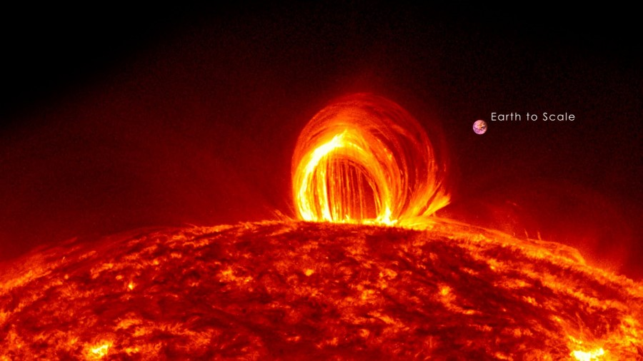 maxresdefault 900x506 巨大な太陽フレアが発生!地球が悪影響を受ける可能性も。