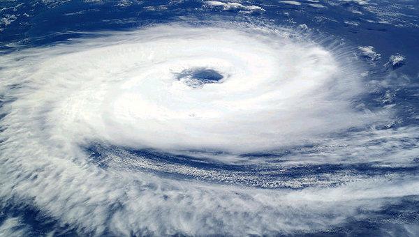 160180545 異常気象の常態化、変化する地球環境。