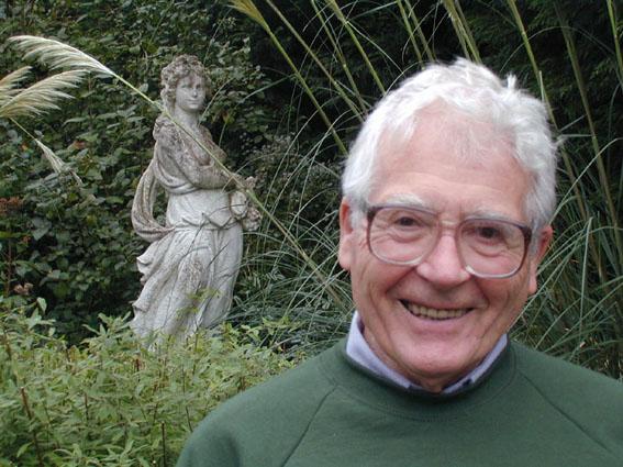 aa James Lovelock Gaia 2000 ガイア理論!地球の自浄作用と人間。