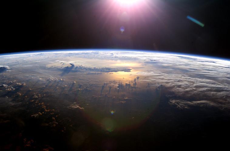 earth ガイア理論!地球の自浄作用と人間。