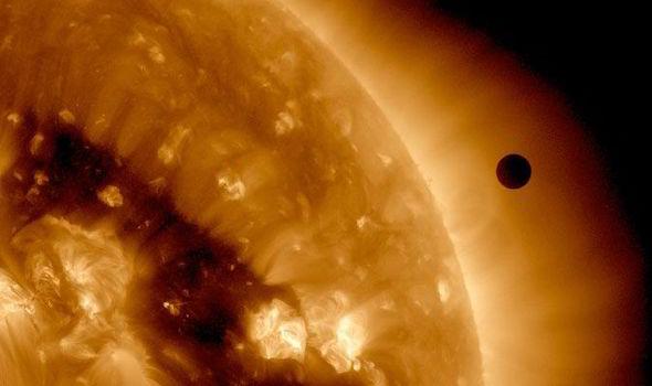 end of the world sun spac 430607 地球の最後は太陽に飲み込まれる?予測される多くの事態。