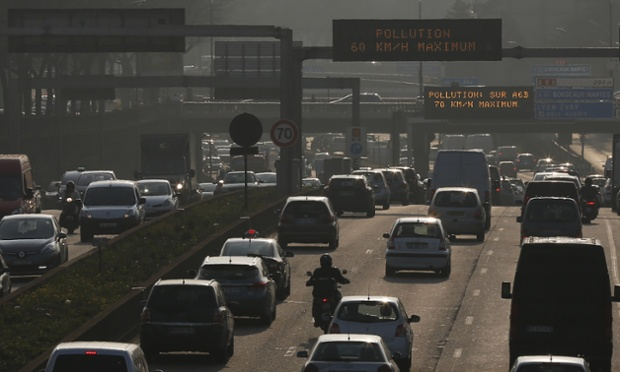 35be8141 3276 41ae 8844 7826827d2fee 620x372 パリにも深刻な大気汚染が。フランス政府が規制を設ける。