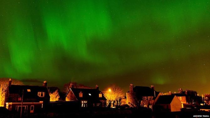 5f39bb90 s イギリス各地でオーロラが観測される!アラスカではオーロラ爆発が!