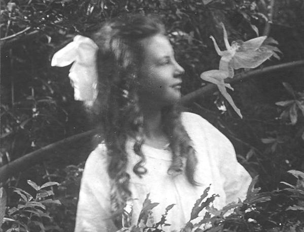 cottingley 妖精の写真、捏造判明も残された可能性。