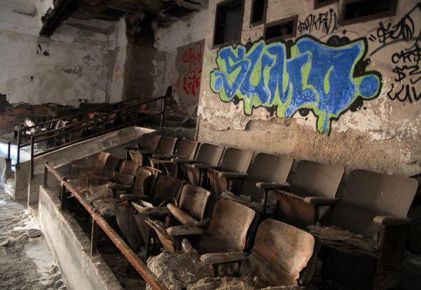 gary indiana ゲーリー廃墟地帯、ホラー映画ロケのメッカ。