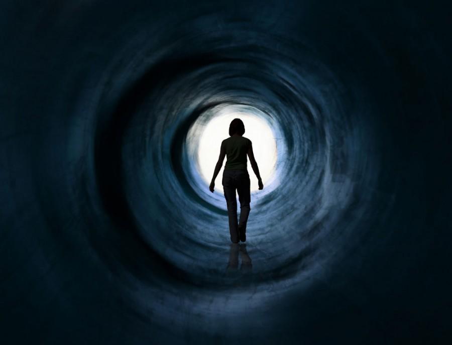 near death experience 900x687 臨死体験の事例。歴史に残る体験談と共通点。