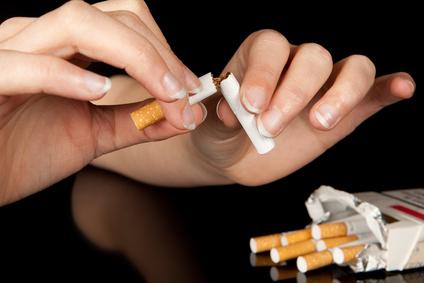 smoking Cessation 未成年の禁煙治療。全額自己負担の壁。