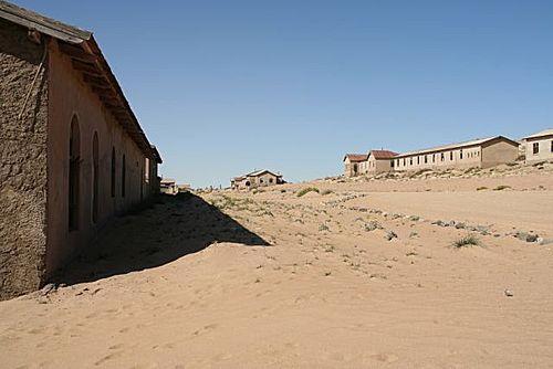 263512 コルマンスコップ、砂漠に飲み込まれていく町。