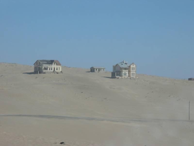 64979429 kolmannskuppe 01 コルマンスコップ、砂漠に飲み込まれていく町。