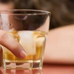 アルコール依存症患者が100万人を超える!