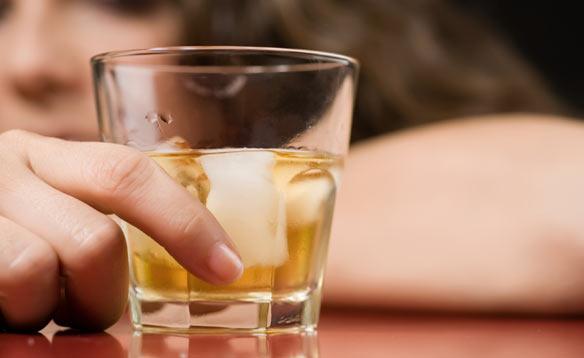 0d40a5e4a645fc6b96e767d64ac0878e2 アルコール依存症患者が100万人を超える!