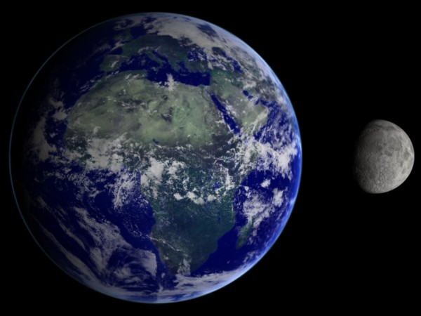 EarthandMoonP jpg6e6002a7 db3a 46e0 ab71 e9f19188d12eLarger 月が無ければ人類は滅びていた?