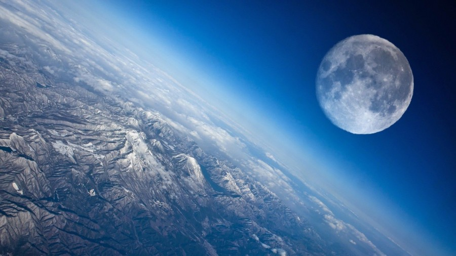 moon over the mountains space hd wallpaper 1920x1080 7181 900x506 月が無ければ人類は滅びていた?