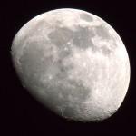 月の内部は温かい?これまで確認されていなかった熱源か。