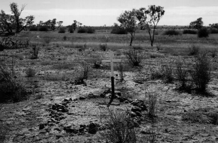 page family grave birdsville track 19641 デッドマン・ヒルズ。アメリカの呪われた丘。