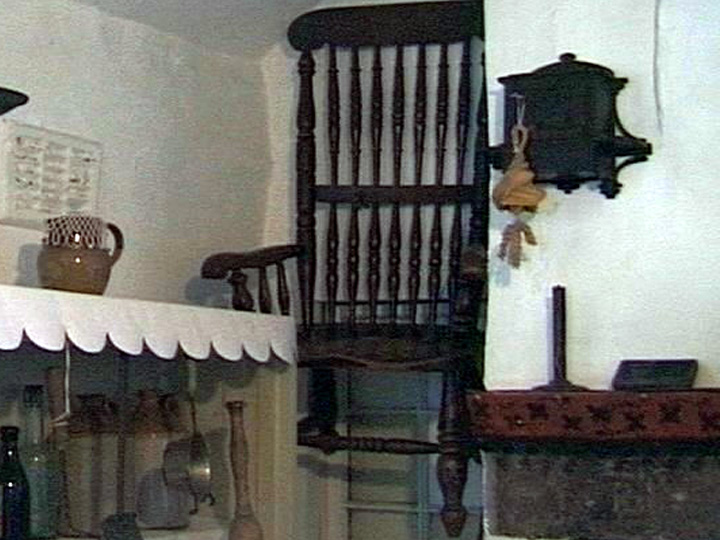 thirsk haunted death chair  バズビーの椅子、現在も残る呪いの椅子。