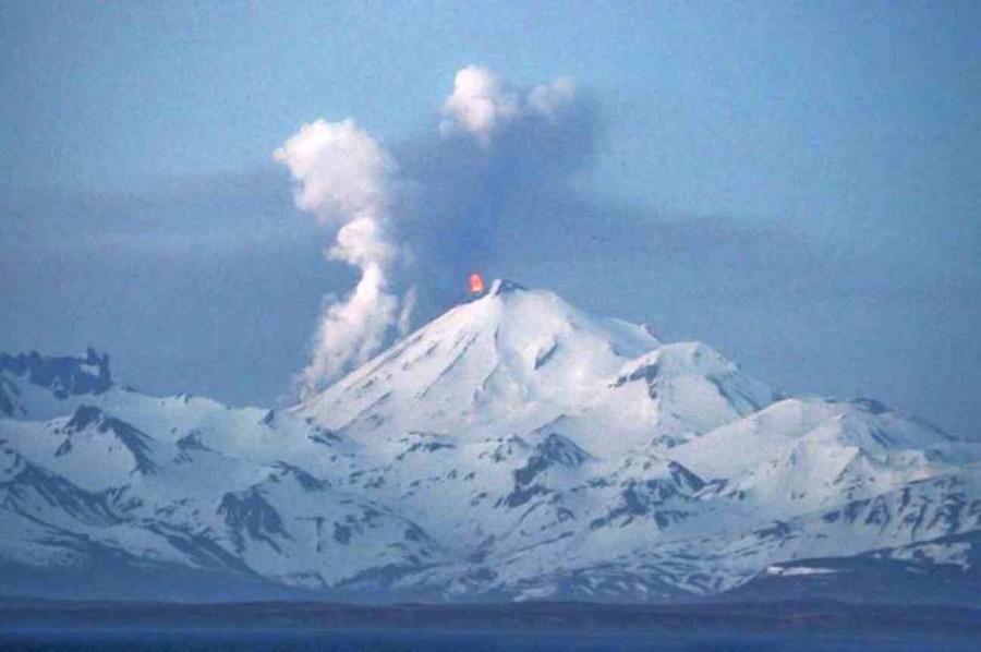 243a2dca896f1110320f6a7067001798 900x598 パブロフ火山の危険性、航空網の麻痺や融雪型火山泥流も懸念される。