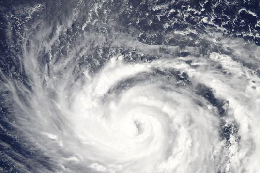 nasa typhoon photo 537x357 台風色々ランキング。異常気象が指摘されているものの平成台風は案外ショボイ?
