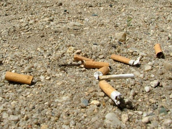cigarettes everywhere アジア諸国で喫煙による健康への影響が広がる。