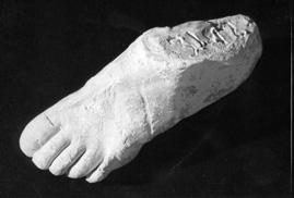 image003 霊体物質化実験(クルスキーの手形)。幽霊の型を取ることに成功していたという記録。