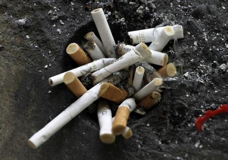 w460 アジア諸国で喫煙による健康への影響が広がる。