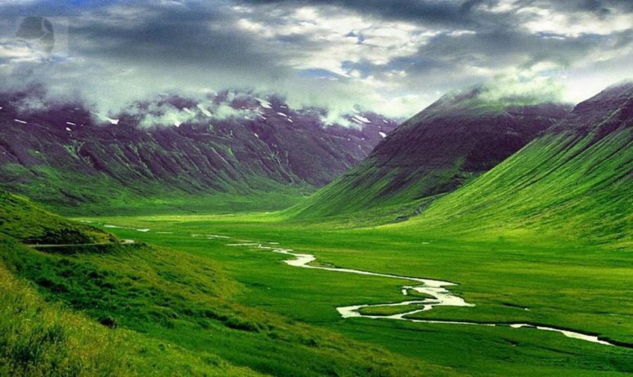 iceland 900x536 アイスランド最高裁がエルフの存在を認める?文化の中に残る妖精の存在。
