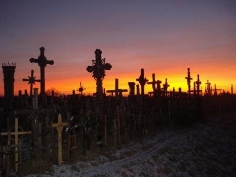 6bfeda4f8ae5644d5c441e56bd5fcca0 十字架の丘。50000を超える十字架がそびえる聖地!