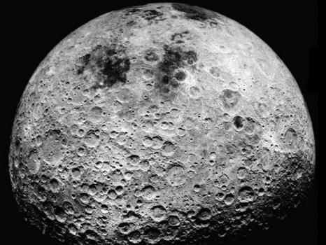 moon farside 月は今も活動中。地球のように動いている。