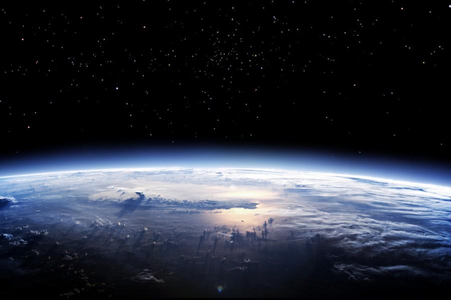 pic2 647 900x600 地球を守る見えないバリア。